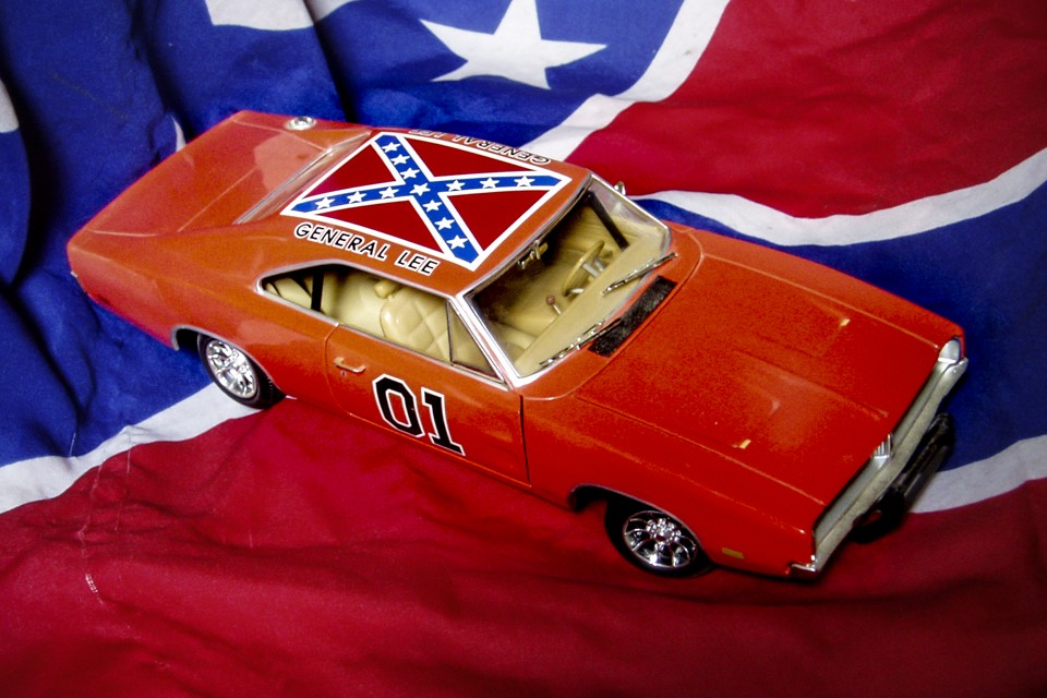 How 'Dukes of Hazzard' Neutralized the Confederate Flag ...