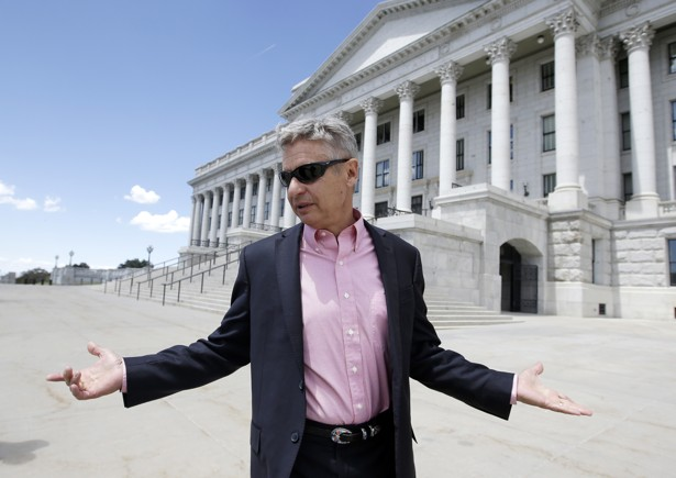 Can Libertarian Gary Johnson Attract Conservative LGBT Voters?