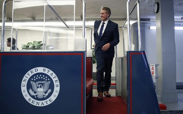 Republican Senator Bob Corker criticizes Trump pics