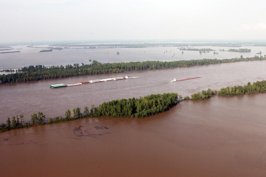 Flooding Mississippi River