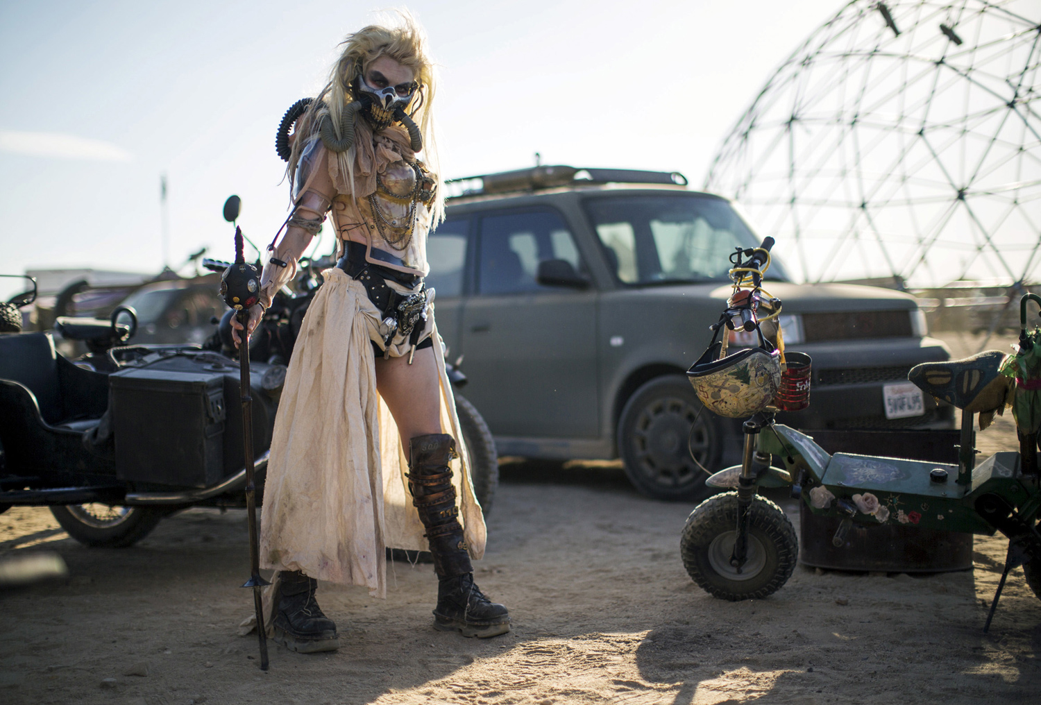 rc derby cars with Found Desirae Hepp Dressed As Immortan Joe From on gtaall as well Plymouth Rock further 184704 Spaceframe Front End in addition 923640 2001 F150 Fuse Box Diagram moreover Watch.