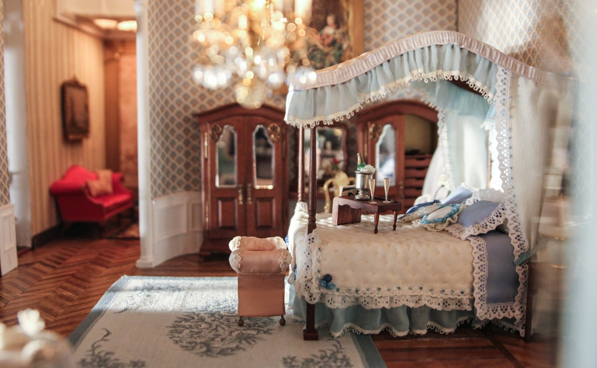 Photos Of The Astolat Dollhouse Castle In Columbus Circle