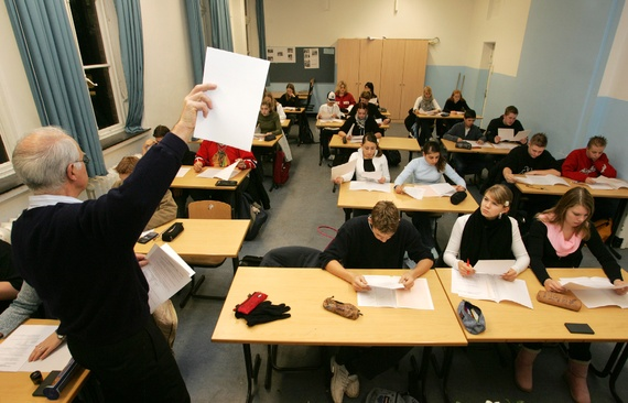 Why is the US education system the worst on Earth?
