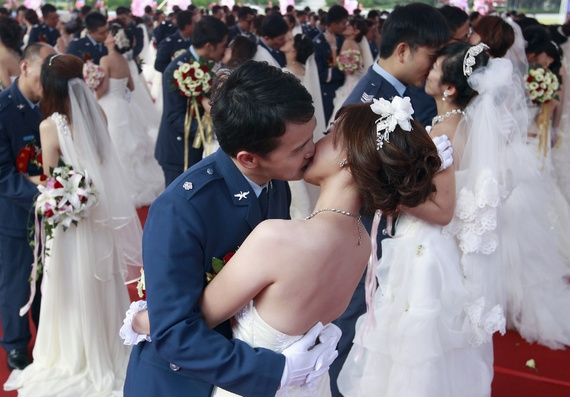 why taiwanese women posponing marriage Is what they say about taiwanese women true:   why choose a taiwanese girl perhaps you are one of the men who have already heard about the beauty of taiwanese girls but continue wondering what makes taiwanese women that special.