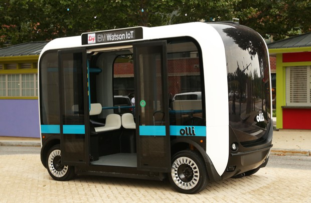 Local Motors introduced its first driverless bus, Olli, in Fort Washington, Maryland. (Local Motors)