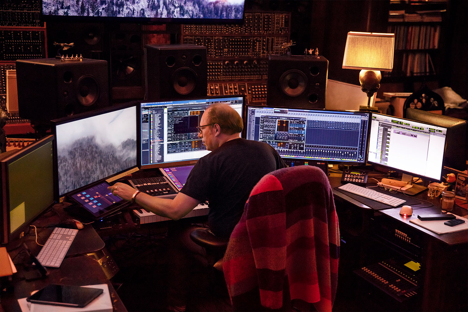 Land Rover Santa Monica >> Scoring The Drive with Hans Zimmer