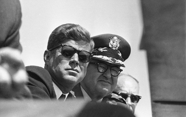 an analysis of the accounts of john f kennedy in vietnam In this confidential letter, president john f kennedy sends general maxwell taylor to saigon during the vietnam war to appraise the situation.