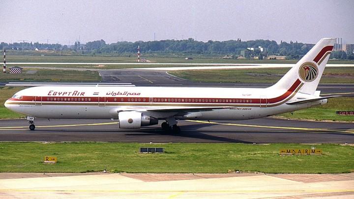 The Crash of EgyptAir 990 - The Atlantic