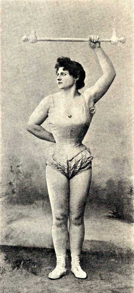 amature-muscular-girl-girls