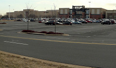 Macy's & Dick's Sporting Goods at Dulles Town Center (by: Panoramio user:gorostiza via Google Earth)