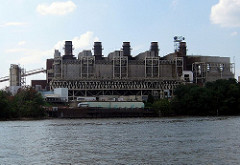 Potomac River Generating Station, Alexandria VA (by: bankbryan, creative commons license)