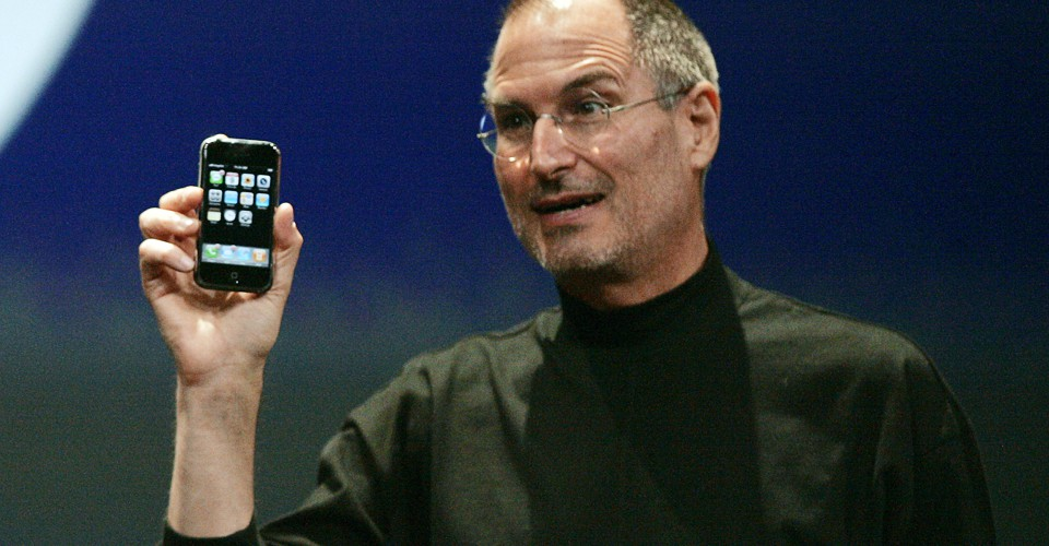 Why Cant Steve Jobs Make Iphone At >> The Day Google Had To Start Over On Android The Atlantic