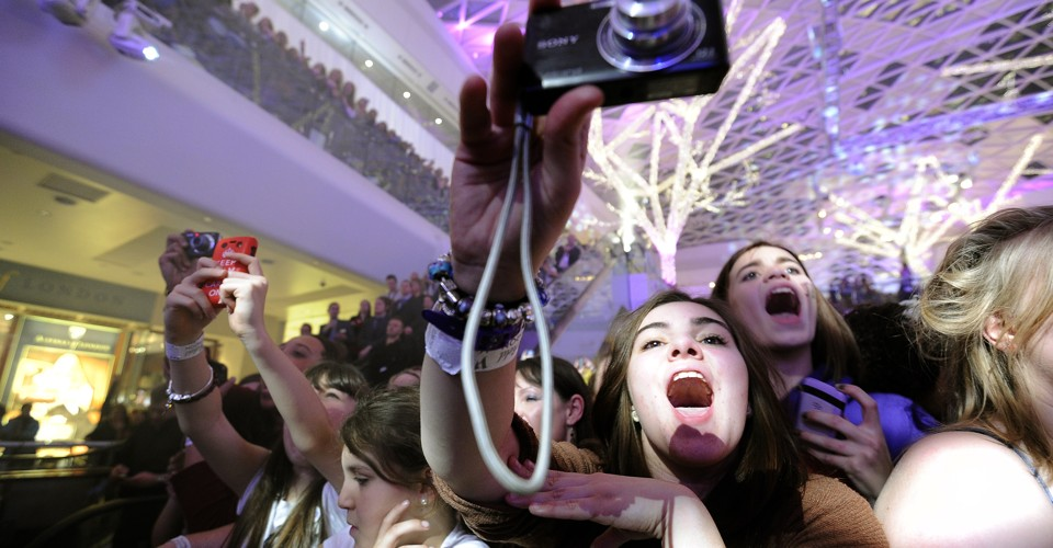 How Teenage Behavior Predicts the Future of Technology - The