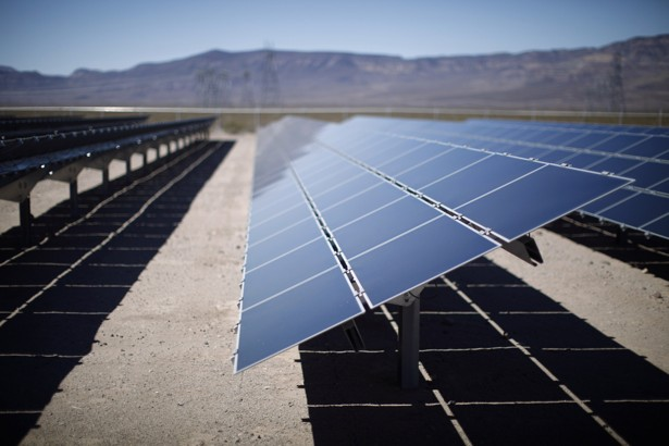 Building Solar Energy : Why the french are building solar power plants in