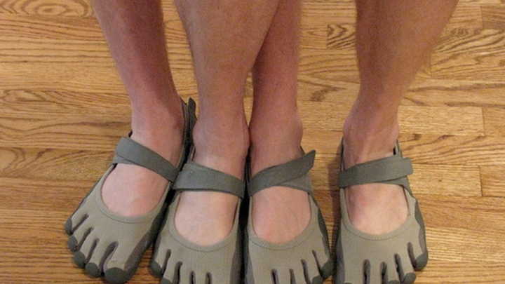 1fca330b2484 Who Has a Legitimate Gripe Against Vibram Shoes  The Syndactyly ...