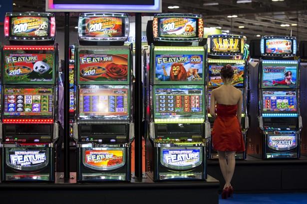 Online gambling more addictive