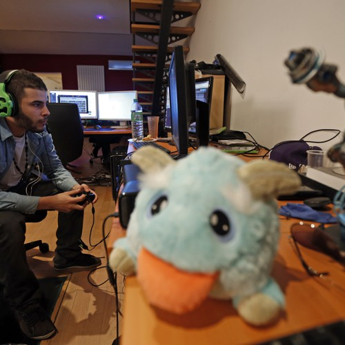 This Guy Makes Millions Playing Video Games on YouTube - The