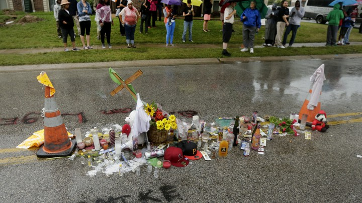 Autopsy Report Shows Michael Brown Was Shot in the Hand at