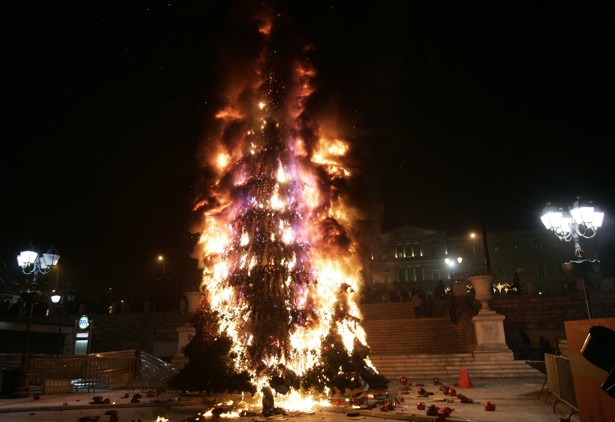 A Christmas Tree That Puts Out Its Own Fires The Atlantic - Christmas Trees On Fire