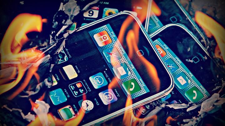 A Warehouse Fire of Digital Memories - The Atlantic