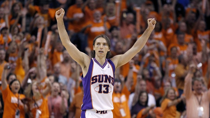 Phoenix Suns guard Steve Nash celebrates his team s win over the Los  Angeles Lakers during the final seconds of Game 3 of the NBA Western  Conference finals ... afbadd8f7