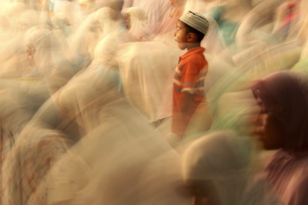 Muslims May Become The Worlds Biggest Religious Group After - Maximum religion in world