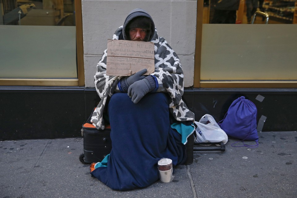 Is 'being homeless' a bad college essay topic?