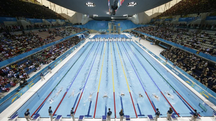 Apple\'s Cash Reserves Would Fill 93 Olympic Swimming Pools - The ...