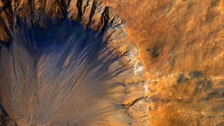 water on mars essay