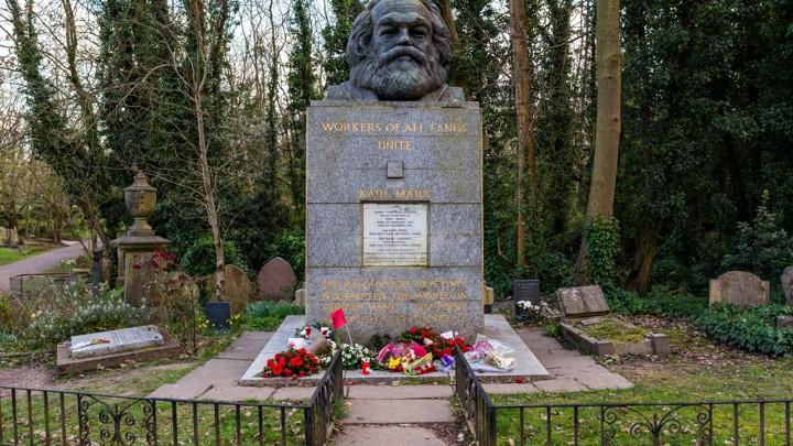 Image result for grave of  karl marx