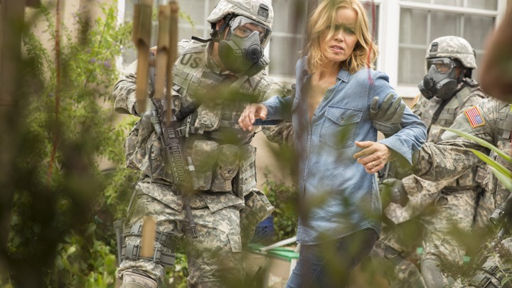 Review: Zombies Aren't the Scariest Part of AMC's 'Fear the