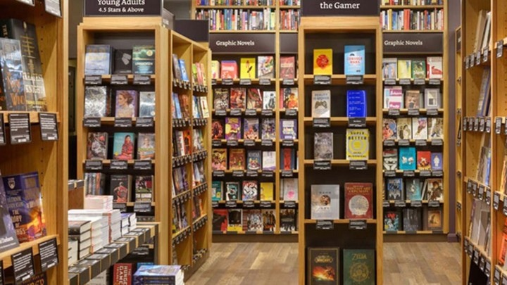 amazon books the company s new seattle store feels like a