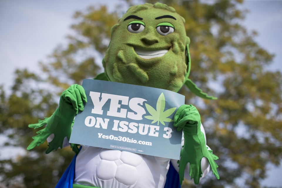 Papers on legalizing weed