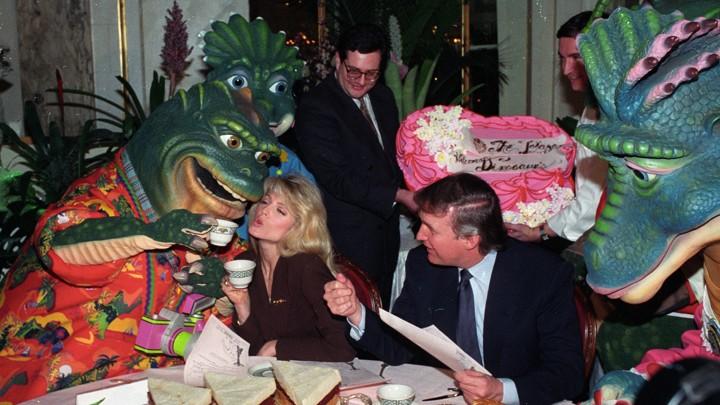 Resultado de imagen para dinosaurs show and donald trump