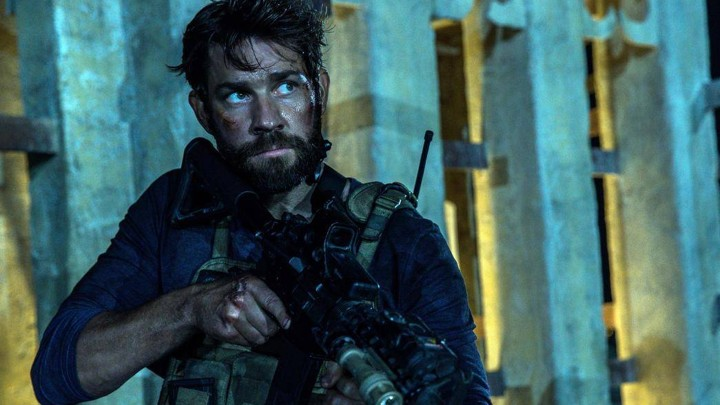 Movie Review Michael Bays 13 Hours Is A Simplistic Take