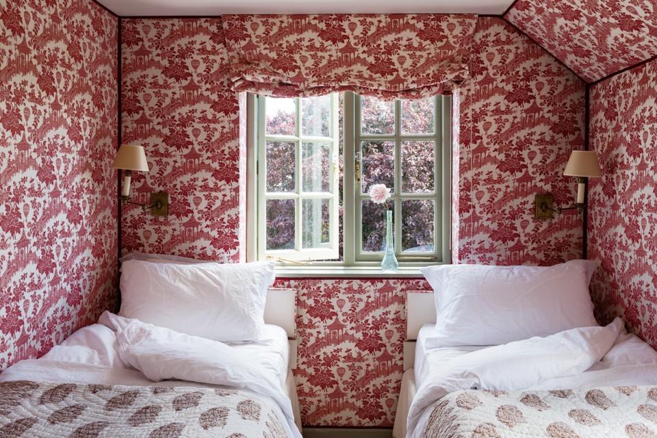 Best Unique wallpaper ideas on Pinterest Living room