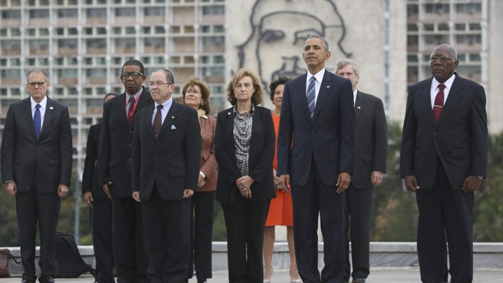 Image result for obama shaking hands with castro