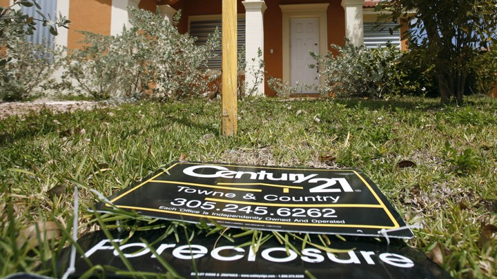 Who Can Go After Banks for the Foreclosure Crisis? - The Atlantic