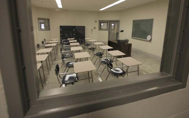 Teaching Neuroscience in Prison - The Atlantic