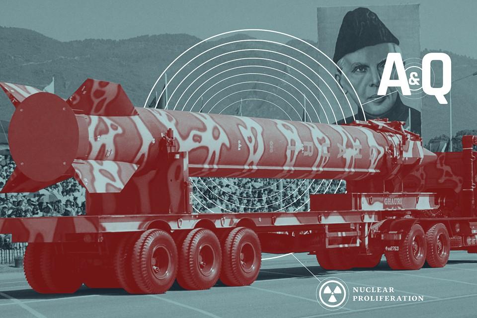 pro nuclear weapons essay January 24, 2018 แมกกาซีน ดัชนีพระ เซียนพระ.