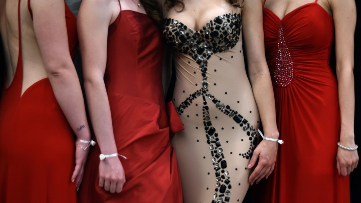 Students Are Being Thrown Out Of Prom For Revealing Clothes The
