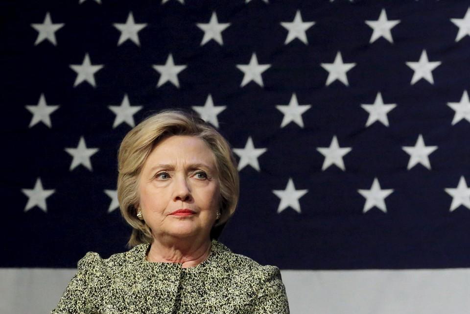 https://cdn.theatlantic.com/assets/media/img/mt/2016/05/Hillary_and_Big_Flag/lead_960.jpg?1462451448