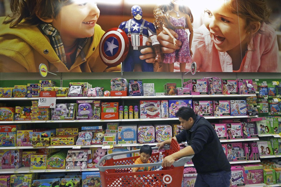 gender differences in shopping This paper aims to examine the gender differences in consumer behaviour of students - generation y the study identifies gender differences in purchase behaviour, loyalty, price sensitivity and shopping habits the empirical analysis is based on data obtained from a student survey (n=118 m=40, 68%,.