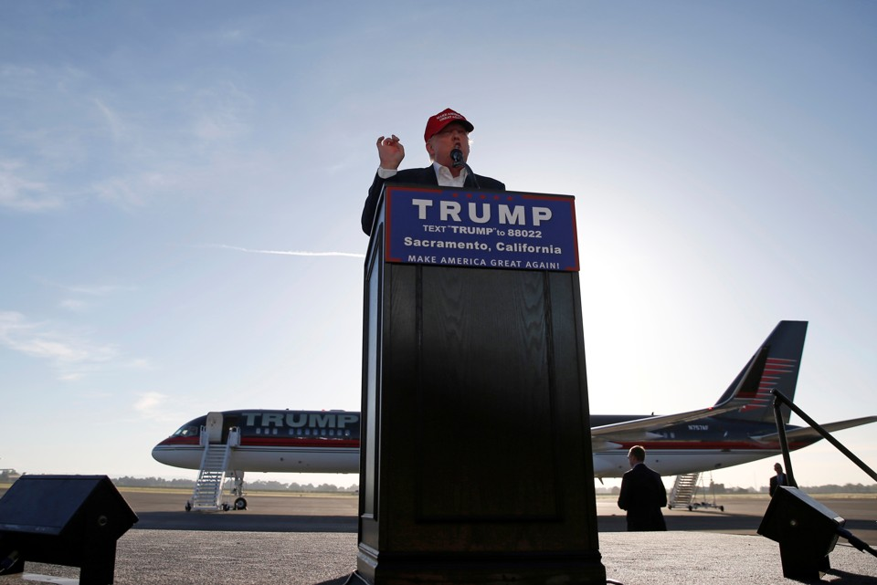 Donald Trump Says a Mexican American Judge Has an 'Absolute ...