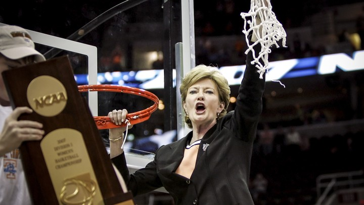 Pat Summitt, the Winningest College Basketball Coach, Dies