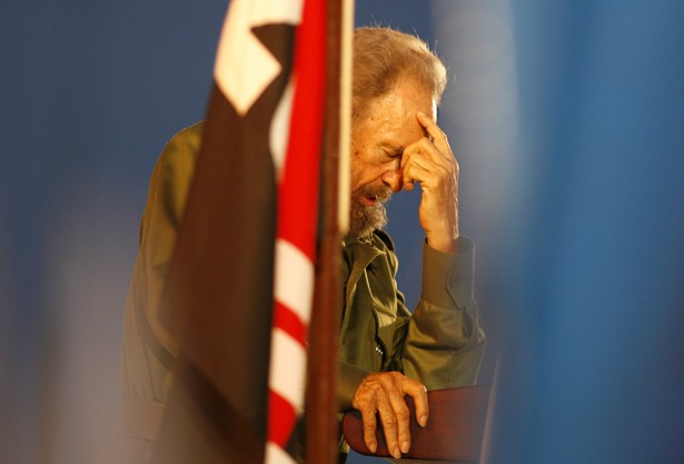Fidel Castro thanks Cubans on his 90th birthday and attacks Barrack Obama