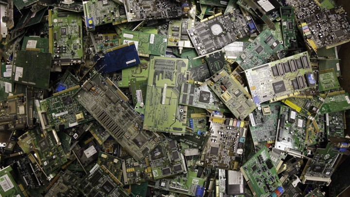 E-waste: The Gobal Cost of Discarded Electronics - The Atlantic
