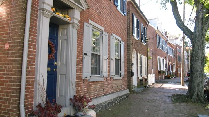 A street in New Castle, Delaware