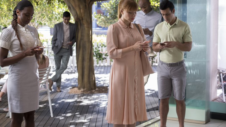 Black Mirror' Recap: 'Nosedive' Is a Sharp Satire About