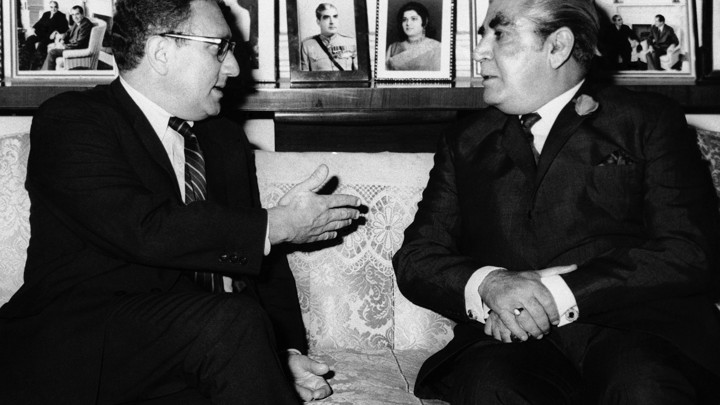 Presidential advisor Henry A. Kissinger chatted with President Agha Mohammed Yahya Khan in Rawalpindi, Pakistan, after his arrival, July 8, 1971.